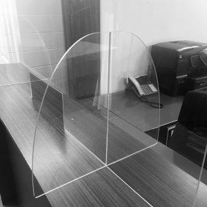 Écran en polycarbonate 47.5″ x 36″